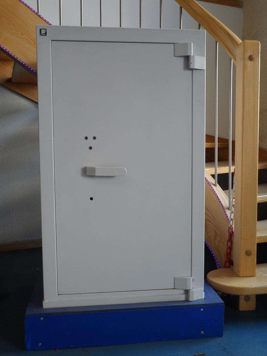 securit werke vente de coffres forts d 39 occasion montpellier et b ziers. Black Bedroom Furniture Sets. Home Design Ideas